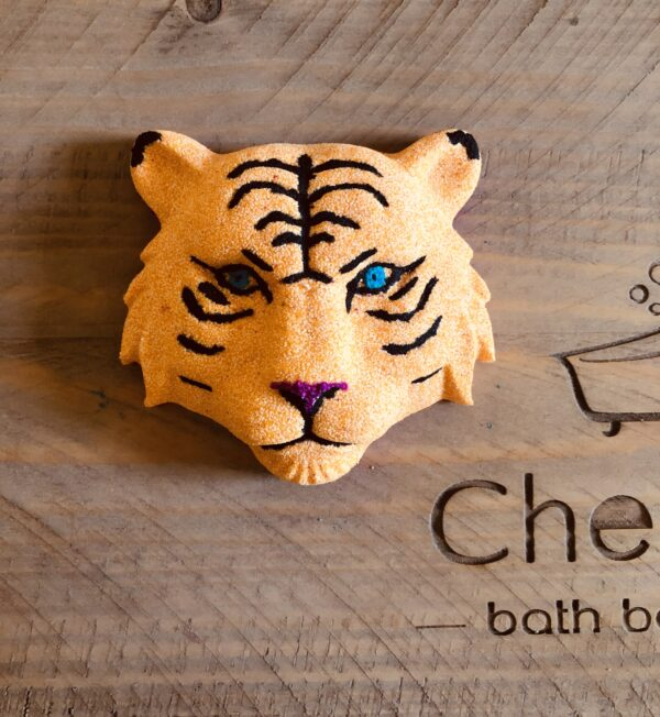 Rhubarb and Custard Tiger Bath Bomb